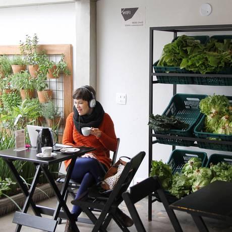 O Instituto Chão, na Vila Madalena: consumidor tem acesso a produtos orgânicos por menos Foto: Michel Filho / O Globo