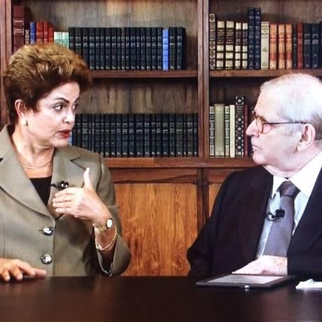 Dilma Rousseff durante a entrevista ao apresentador Jô Soares Foto: Reprodução TV Globo