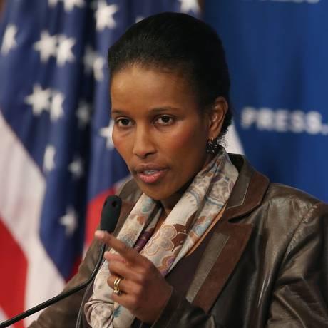 Ayaan Hirsi Ali se mostra confiante com uma mudança do Islã, mas acredita que vai ser um processo longo Foto: MARK WILSON / AFP