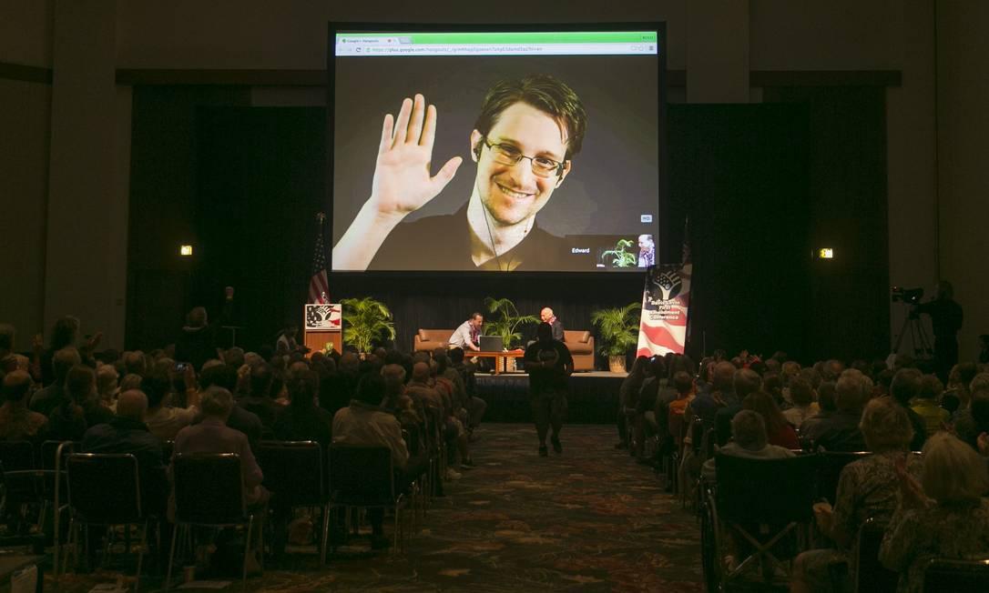 Snowden participa de videoconferência em Moscou Foto: Marco Garcia/AP/14-2-2015 /