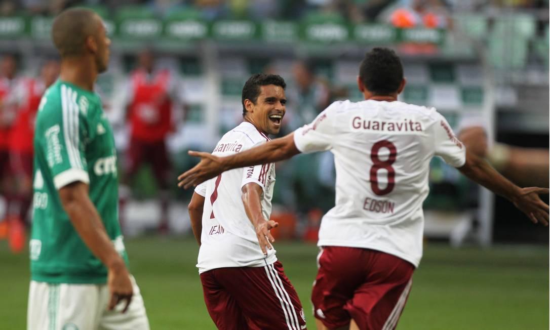 Jean abriu o placar para o Fluminense Michel Filho / Agência O Globo