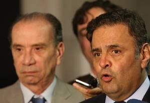 Senadores Aécio Neves (MG) e Aloysio Nunes (SP), do PSDB, criticam decisão e apelam por intervenção do governo brasileiro Foto: Ailton de Freitas / Agência O Globo