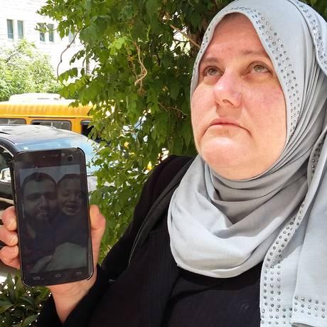 Nádia Hamed, mãe de Islam Hamed, em Ramala há 58 dias em greve de fome (nesta sexta-feira ) Foto: Arquivo / Richard Furst