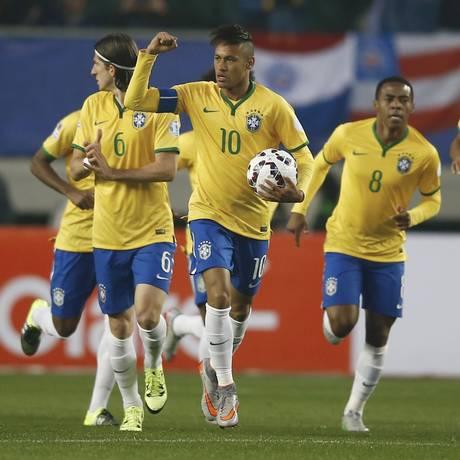 Neymar comemora o gol que marcou na última partida do Brasil contra o Peru Foto: RICARDO MORAES / REUTERS