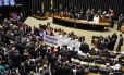 Deputados debatem no Plenário da Câmara