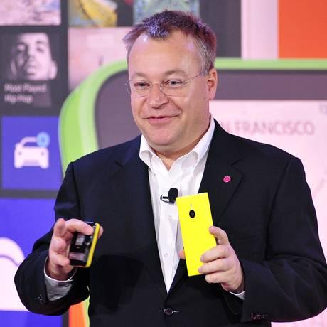 O ex-diretor da Nokia Stephen Elop é um dos demitidos Foto: Josh Edelson / AFP
