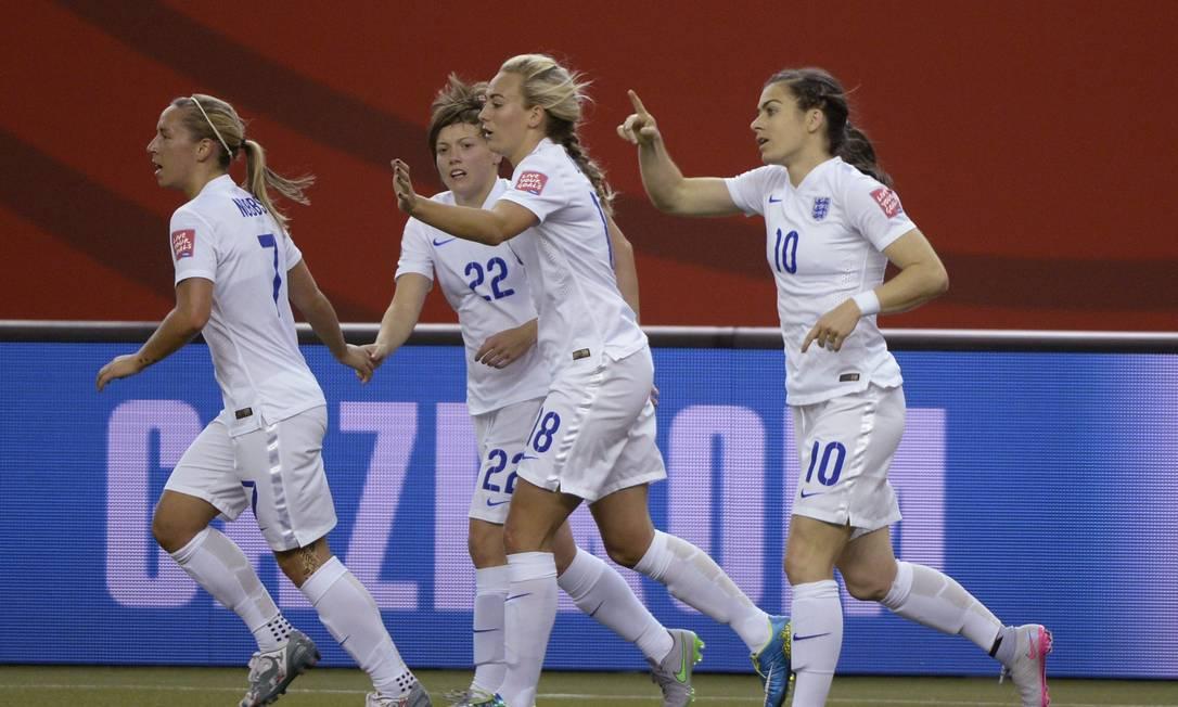 A festa da Inglaterra com o gol de Carney Paul Chiasson / AP