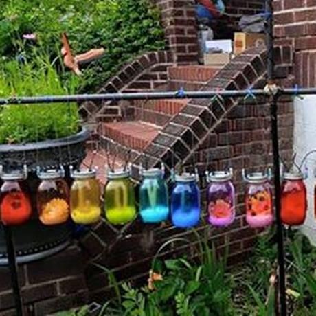 Jardim colorido de Julie Baker: gay? Foto: Reprodução