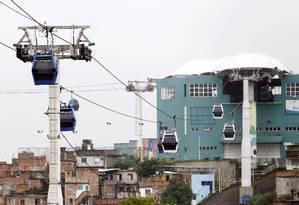 O teleférico do Alemão: operação interrompida nesta quinta-feira devido a tiroteio Foto: Thiago Freitas / Agência O Globo