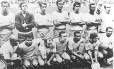 Seleção brasileira tricampeão mundial em 1970: Torres é o primeiro à esquerda, de pé. Gérson é o terceiro agachado a partir da esquerda Foto: Arquivo O Globo