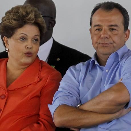 A presidente Dilma Rousseff com o ex-governador do Rio Sérgio Cabral Foto: Gabriel de Paiva/11-9-2013