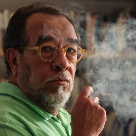Fernando Morais critica opositores Foto: Michel Filho / Agência O Globo