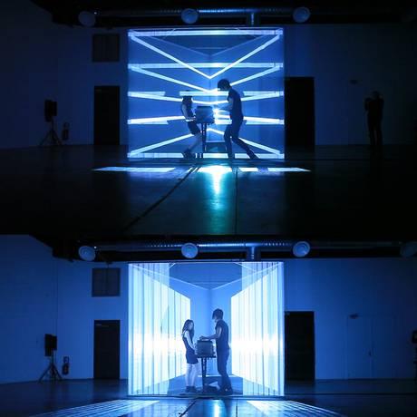 O duo franco-japonês Nonotak se apresenta nesta sexta na Cidade das Artes Foto: Divulgação