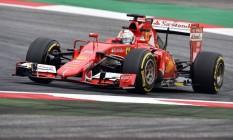 Vettel foi o mais rápido nos treinos livres desta sexta-feira, na Áustria Foto: ANDREJ ISAKOVIC / AFP