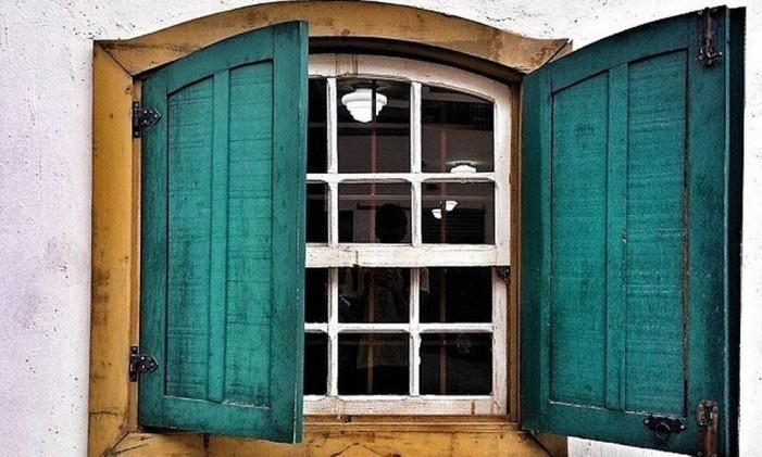 RG - Décor: portas e janelas. Perfil do Instagram Portas & Janelas. Foto: Divulgação