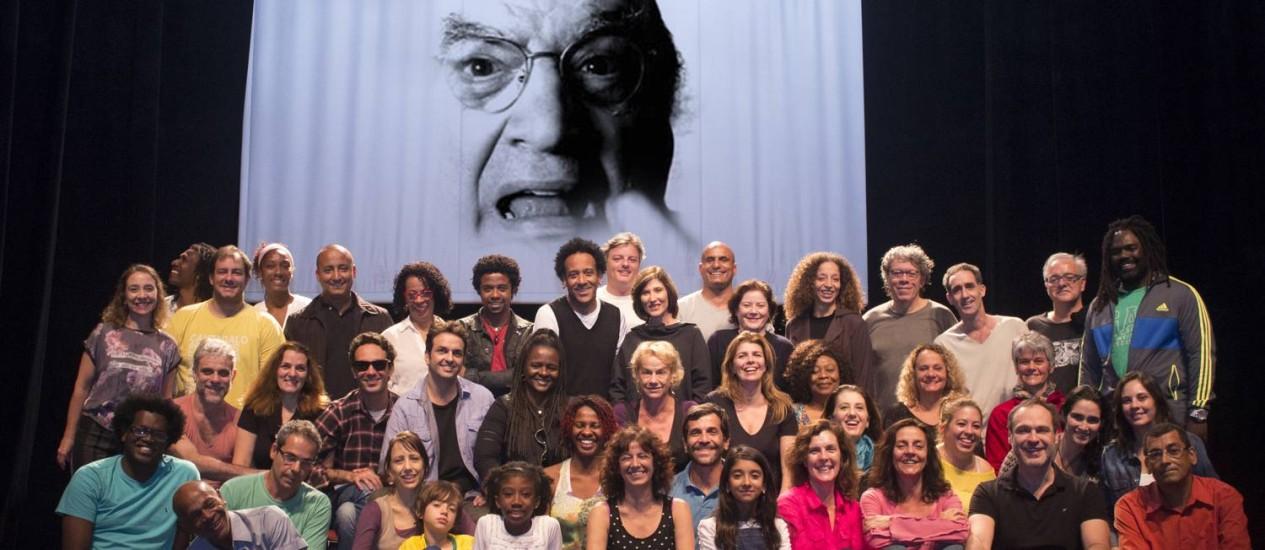 O vulto de Abujamra. Artistas e amigos vão lembrar o legado do diretor, autor e ator Foto: Divulgação/Marcos França