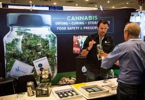 Público comparece ao Congresso Mundial e Exposição Comercial da Cannabis, que aconteceu este fim de semana em Nova York Foto: Andrew Burton / AFP