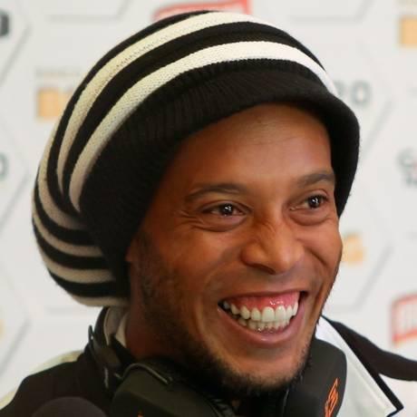 Ronaldinho Gaúcho segue negociando com o Fluminense Foto: Cristiane Mattos / Divulgação