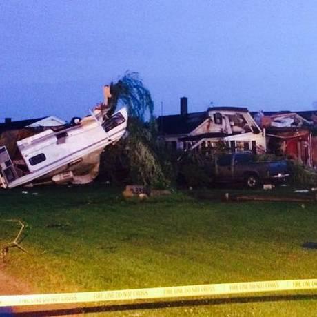 Casas em Millington, no Michigan, ficaram destruídas Foto: Reprodução / @IlseLujanHayes