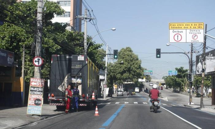 Rua Vinte e Quatro de Maio: importante endereço da Zona Norte Foto: Lucas Figueiredo / Agência O Globo (30/01/2014)