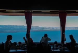 Vista panorâmica. Confeitaria giratório no topo deo Cerro Otto Foto: Pedro Kirilos