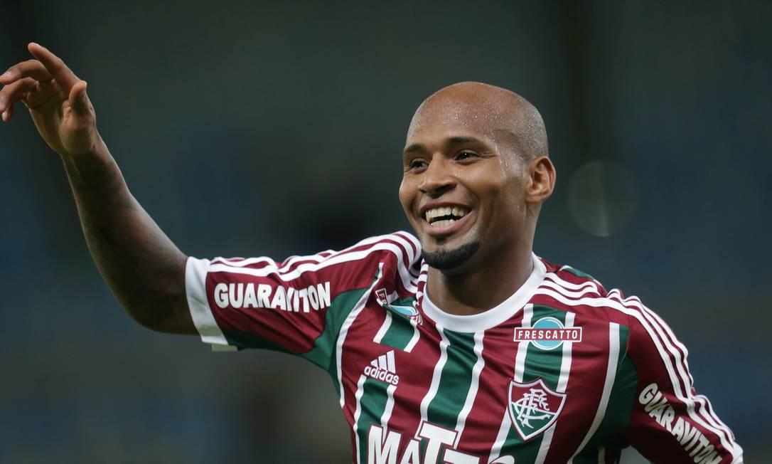 O sorriso de Wellington Silva ao fazer o primeiro gol do Fluminense sobre a Ponte Preta Marcelo Theobald / Agência O Globo