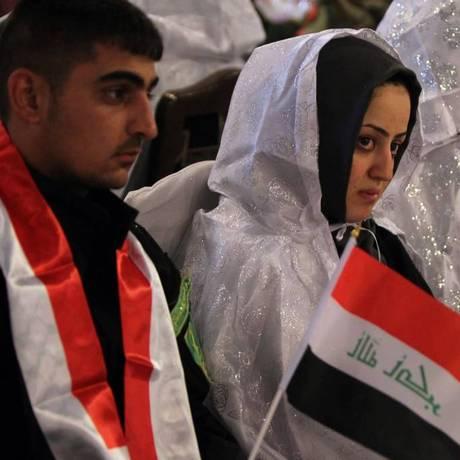Casamento coletivo de xiitas em Bagdá, no dia 15 de junho Foto: A. AL-RUBAYE / AFP