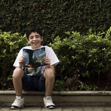 De repente, escritor: José inicia carreira na literatura, cria blog e projeta revista em quadrinhos no formato mangá Foto: Guilherme Leporace/ Agência O Globo