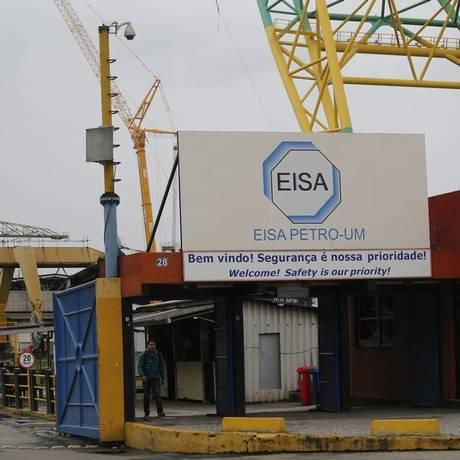 O estaleiro Eisa Petro-Um, na Ponta D'Areia, demitiu cerca de mil trabalhadores na semana passada Foto: Felipe Hanower / Agência O Globo