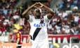 Riascos comemora o gol da vitória do Vasco sobre o Flamengo