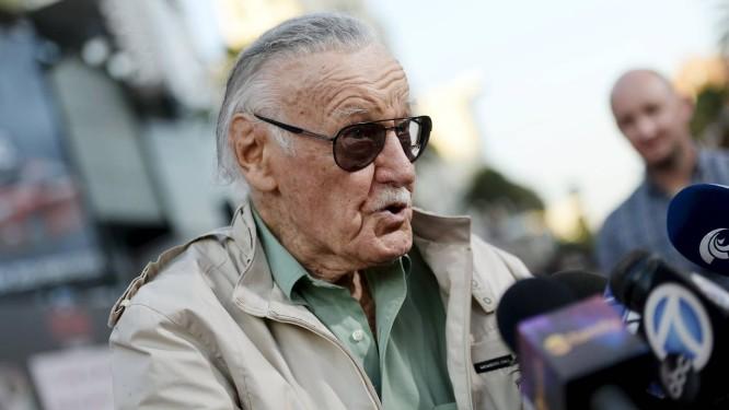 Stan Lee, 92 anos, conversa com repórteres durante pré-estreia de 'Homem-Formiga' Foto: KEVORK DJANSEZIAN / REUTERS