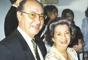 Maria da Gloria e o marido: mulher com cidadania brasileira está entre as vítimas do atirador na Tunísia Foto: Album de família
