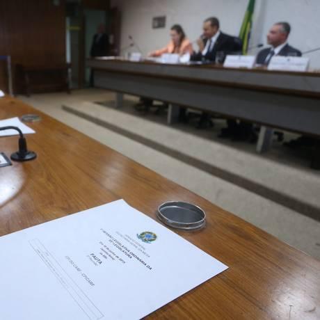 CPI do Carf, no Senado, em reunião no dia 18 de junho Foto: André Coelho / Agência O Globo