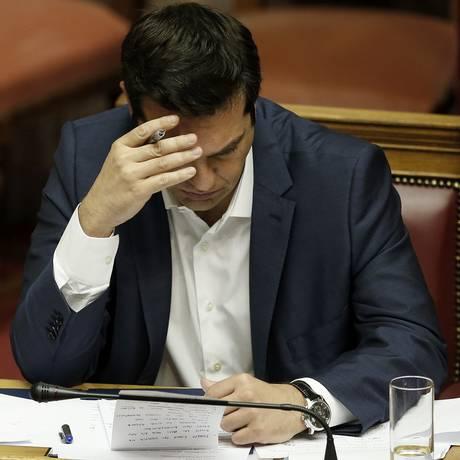 Alexis Tsipras, premier grego Foto: AP / Petros Giannakouris