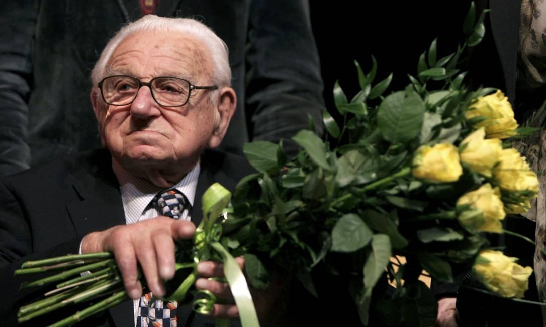 Morre Nicholas Winton  que salvou 669 crianças judias na Segunda Guerra