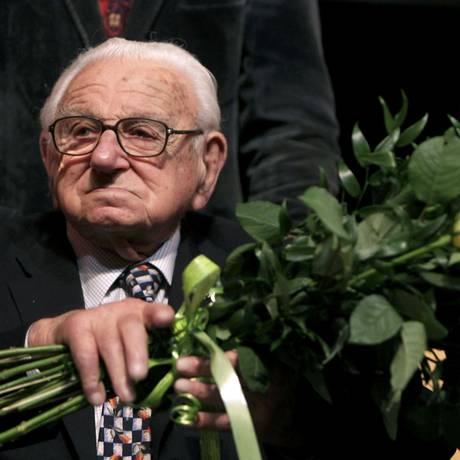 Sir Nicholas Winton, em foto de janeiro de 2011 Foto: PETR JOSEK / REUTERS
