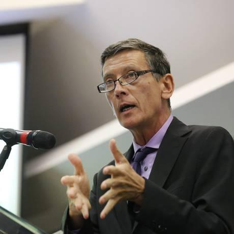 Luiz Awazu Pereira, diretor do BC, em palestra na Firjan, em dezembro do ano passado Foto: Pablo Jacob / Agência O Globo