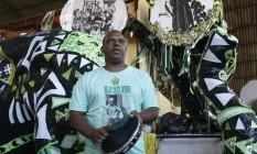 Orgulho. Silas de Oliveira Júnior participa da disputa de sambas do Império Serrano para o próximo carnaval Foto: Agência O Globo / Hudson Pontes