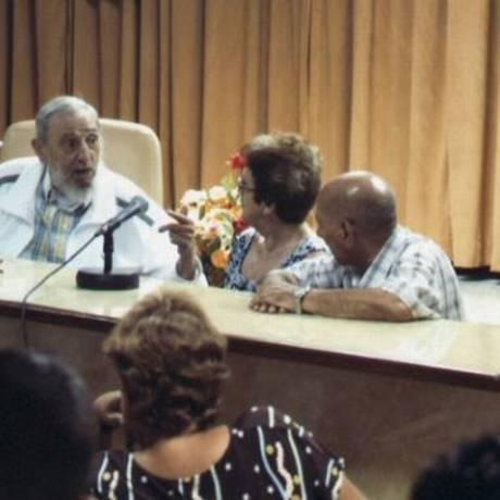 Fidel Castro ficou mais de quatro horas na reunião Foto: Reprodução 'Granma'