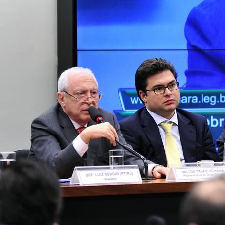 Milton Schahin em depoimento na Câmara dos Deputados em 2015 Foto: Agência Câmara / 27-5-2015 / Arquivo/ Zeca Ribeiro