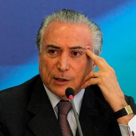 O vice-presidente da República Michel Temer durante entrevista Foto: Givaldo Barbosa / O Globo