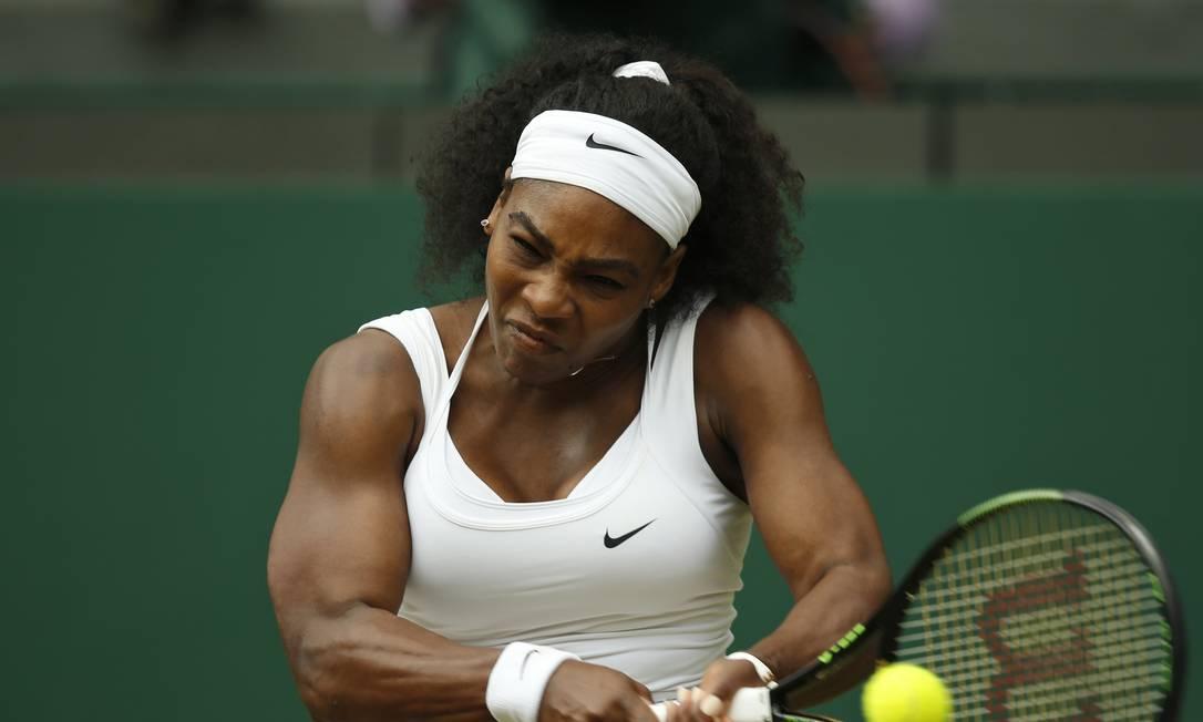 Número 1 do mundo, a americana Serena Williams derrotou sua irmã, Venus Alastair Grant / AP
