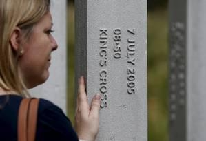 Londrina se emociona em memorial às vítimas dos atentados de 2005