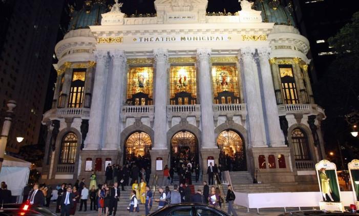 A fachada do Teatro Municipal Foto: Fernando Quevedo / Agência O Globo