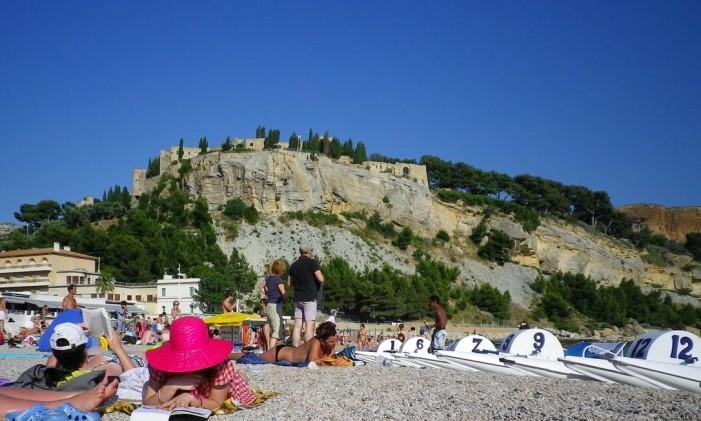 Praias na Grécia também são opção para este verão Foto: Divulgação