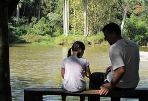 A menina de 7 anos ao lado do pai, Romualdo Galina Foto: Arquivo pessoal