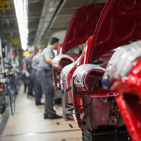 Fábrica da Porsche em Stuttgart, na Alemanha Foto: Krisztian Bocsi/10-3-2015 / Bloomberg News
