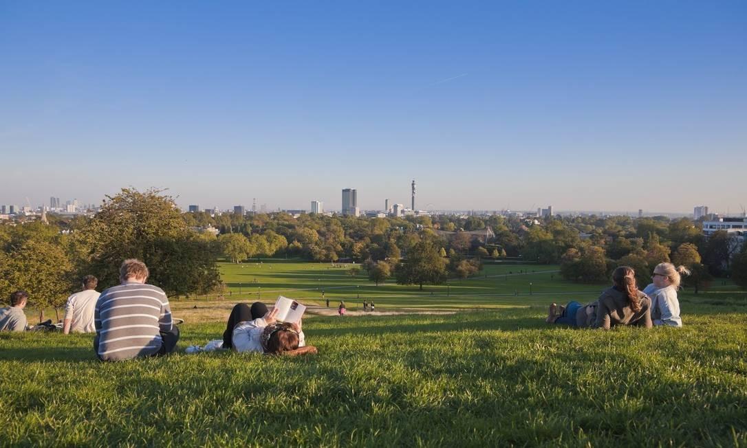 Opções ao ar livre mostram que há uma vida animada e barata em Londres