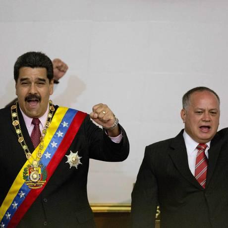 Maduro e Cabello: ameaças legislativas Foto: Ariana Cubillos / AP