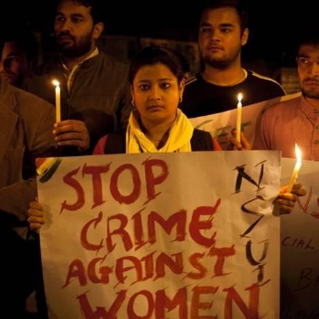 Indiana pede o fim dos crimes contra mulheres em um dos vários protesto que têm ganhado as ruas do país Foto: AP